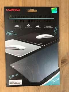 Unbrand 鋁合金滑鼠墊 Aluminium Mouse Pad