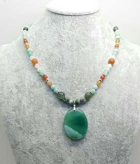Eunika Handmade Beaded Necklace