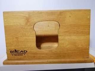 Bread Freswood Storage
