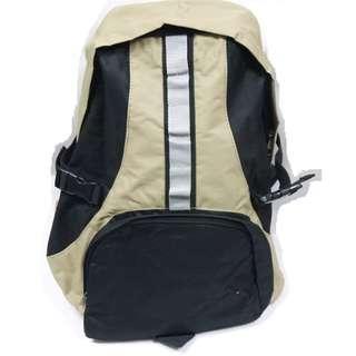 包順豐櫃 $70/個 $200/4個 超輕便行山米黃色(圖1+2的顏色)雙拉鍊背包 行山旅行平時也合用 全新有包裝