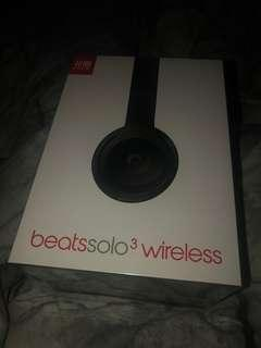 Beats Solo 3 Wireless in Matte Black