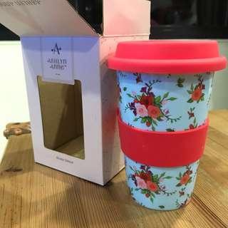 🚚 Blue Floral & Pink Accents Ceramic Coffee Tea Mug Tumbler
