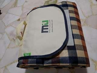 Brand new Miu colour picnic mat Large Outdoor Picnic Blanket