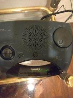 Philips alarm clock cum radio