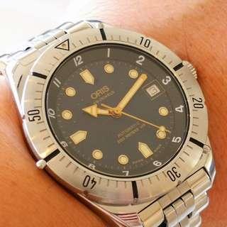 Swiss Made ORIS Automatic 200M Diver Watch (瑞士製豪利時自動200M潛水機械手錶)