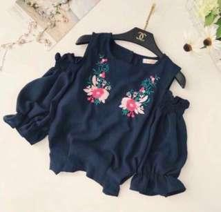 🌷(IN STOCK) Embroidered Cold Shoulder Top Navy