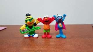 Sesame Street figurines - LOT