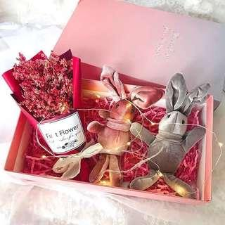🌷LED Preserved Flower box [ready stocks] | Floating flower glass | Valentine special edition