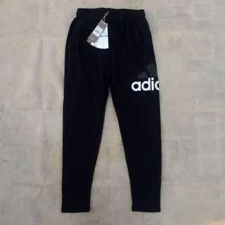 ADIDAS ESSENTIAL SWEATPANT BLACK