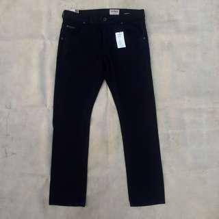 WRANGLER SPENCER SLIM SOLID BLACK