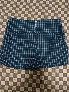 🚚 格紋珍珠短褲