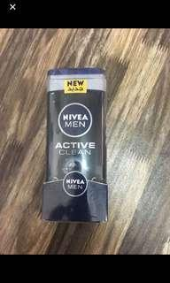 Nivea deodorazer + active clean body shampoo
