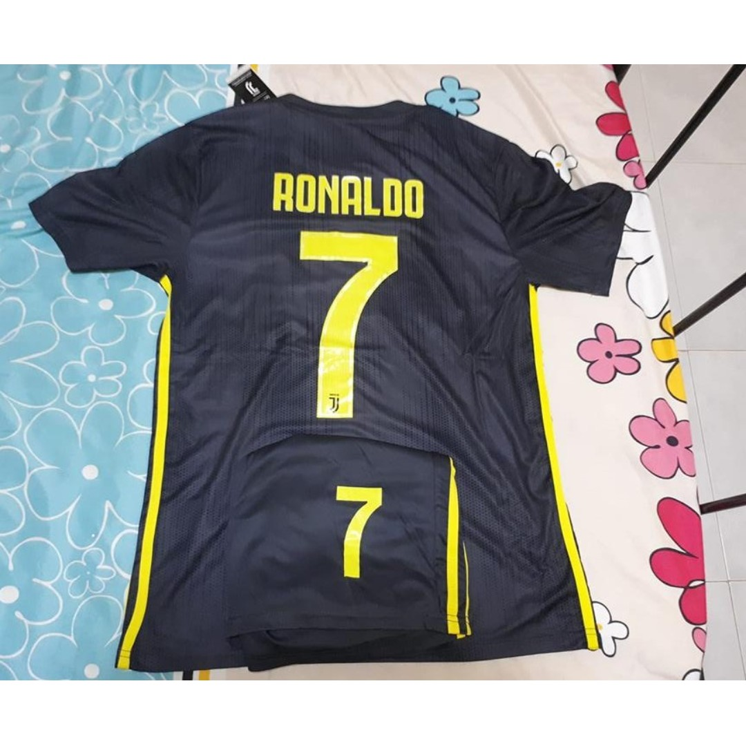 best website 31efb ff74d [Instock] BNWT 18/19 Juventus 3rd Kit (Ronaldo No. 7)