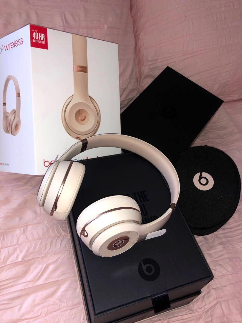 Beats solo3 Wireless (Matte Gold)