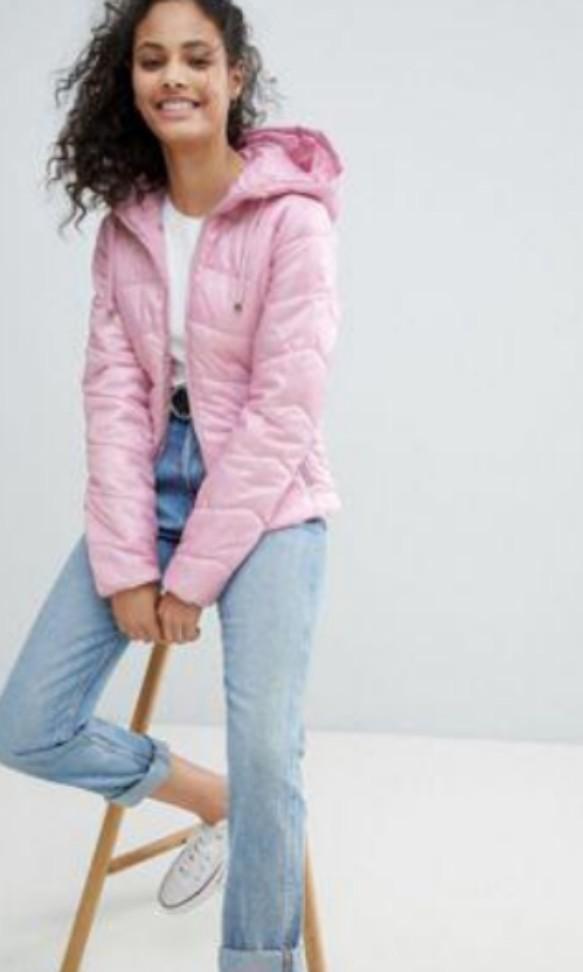 e58e2aaaf Bershka Pink Puffer Jacket, Women's Fashion, Clothes, Outerwear on ...