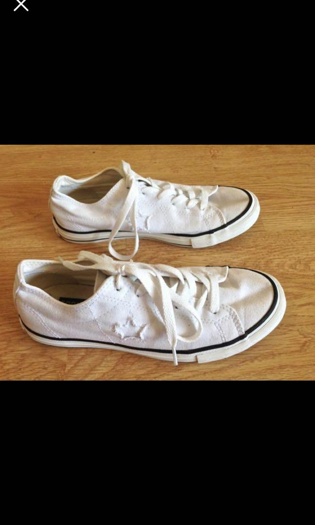 Converse One Star. Womens 7, Mens 5. Hardly worn as wrong size!