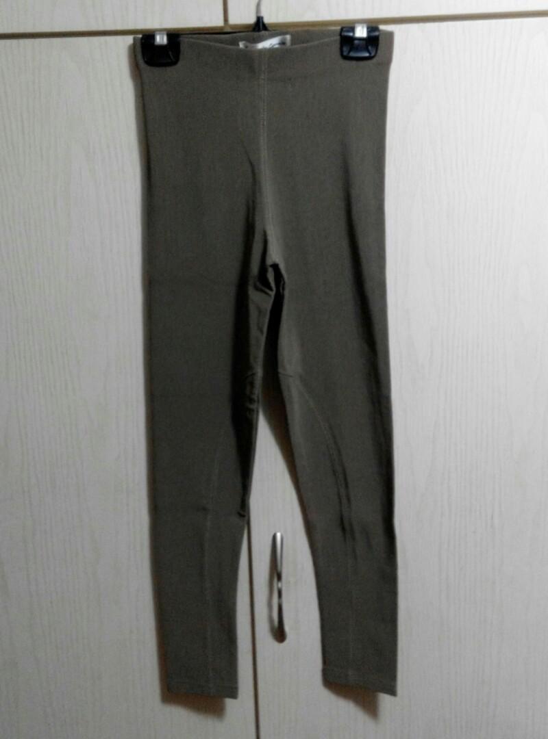France made khaki tight pants/leggings卡其色貼腳褲