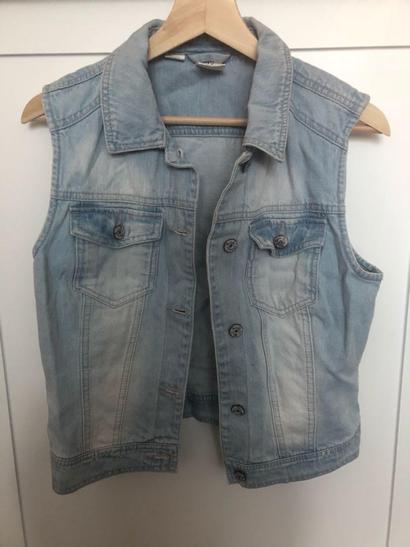 Lot: Aritzia Black Shorts & Medocino Brand New Shorts and Denim Vest