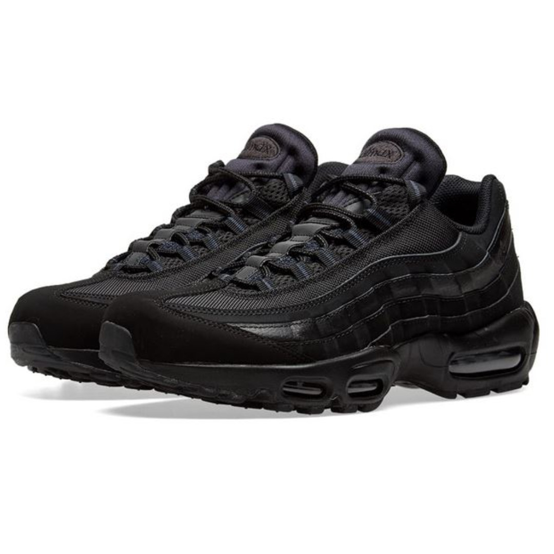 c727bd84bd Nike Air Max 95 (Black & Anthracite), Luxury, Shoes on Carousell