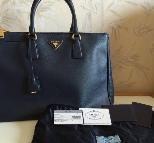 ff71acb32e338d Prada BN 1786 Navy Blue (Baltico) Saffiano Lux Tote $900, Luxury ...