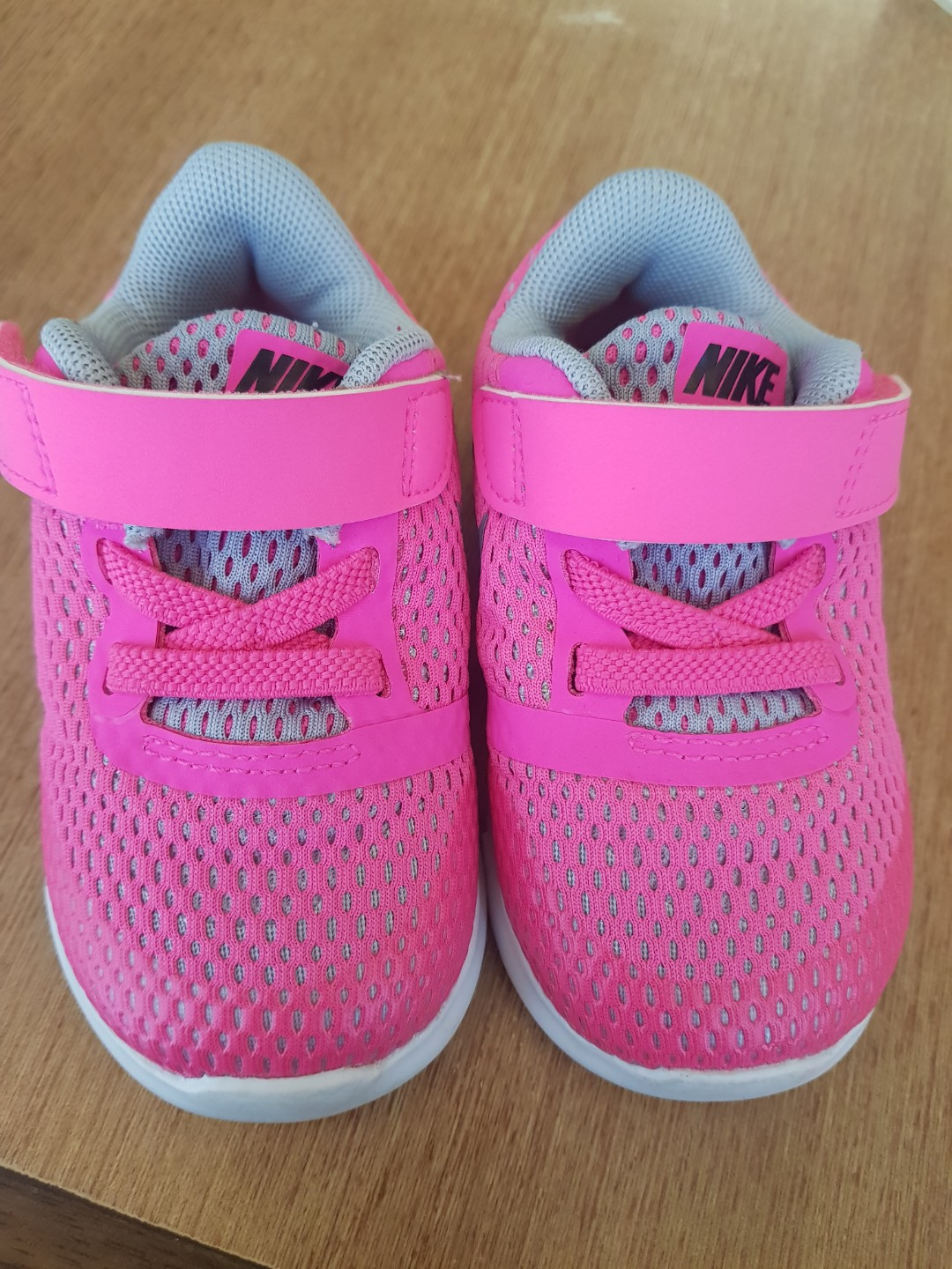 0a3e2119a5b2 Preloved Nike Free Run for Baby Toddler Hot Pink