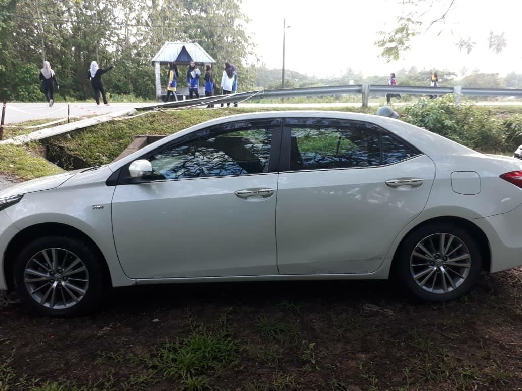 Toyota Altis 2.0 G (A) 2014