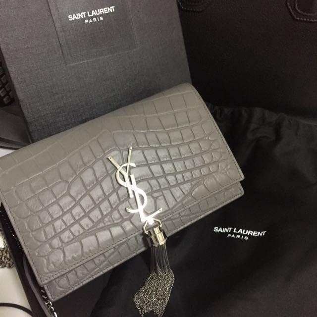 71b537cac961 YSL Saint laurent kate monogram tassel wallet on chain WOC in croc ...