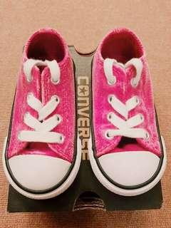 Preloved Converse Shoes for Baby/Toddler Girl Pink Sapphire color