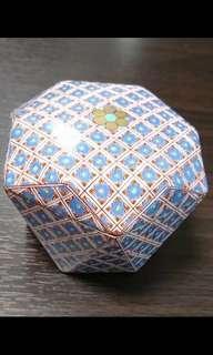 日本皇室御用品牌 深川製磁 有田燒 白瓷 佐賀 Bonbonniere Candy pot 糖果盒 錦七宝 FUKAGAWA SEIJI SAGA ARITA porcelain