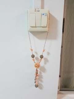 Unique, Elegant, Vintage Rose necklace
