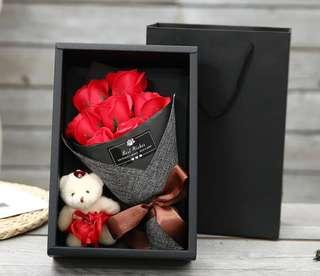 Valentine's rose flower box