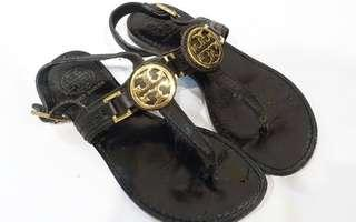 Authentic Tory Burch sandals (size 35)
