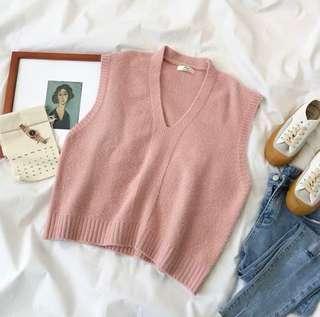 🚚 粉色V領寬版毛衣背心