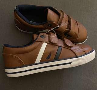 Auth. Nautica Boys US12 4-6yrs Leather Velcro Sneakers Shoes