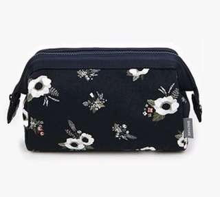 Cosmetic/Makeup Pouch Organizer