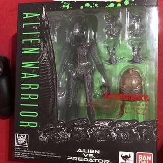 🚚 「保證正品代理版」S.H.Monster Art - Alien Big Chap 絕版異形附抱臉蛋