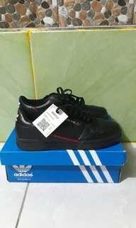 Adidas continental 80's black