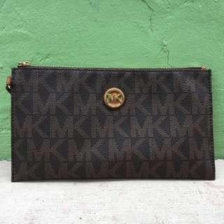Authentic Michael Kors Wrislet