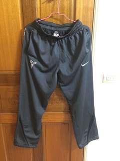 🚚 Nike Kobe THERMA-FIT運動褲