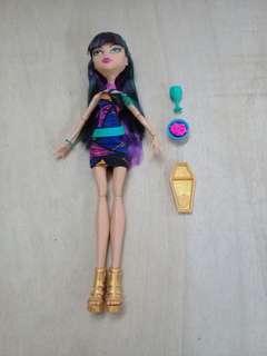 Creepeteria's Cleo DeNile : Monster High