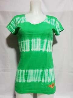 New BEAR Tie Dye Ladies' t-shirt Size S on tag