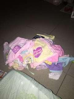 1 lot baby clothes etc