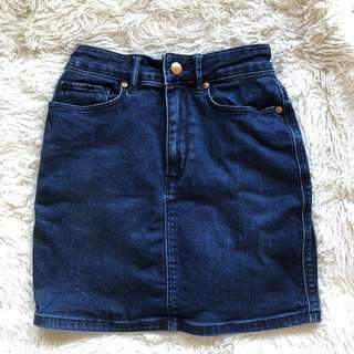 Lee Dark Blue Denim Mini Skirt Size 6