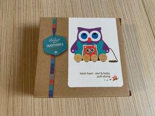 Hamleys Wood Mum and Baby Pull Along Owl