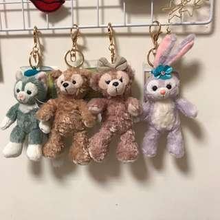 🚚 迪士尼 達菲 史黛拉兔 雪莉玫 畫家貓 娃娃 吊飾 鑰匙圈 達菲好朋友