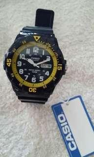 Casio quartz analog watch