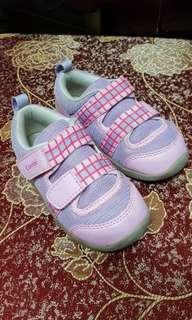 🚚 combi 機能鞋,16.5cm