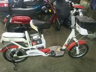 Sepeda listrik laike