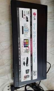 LG Smart 3D Blk ray Disc / DVD Player