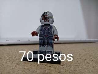 Minifigs 7
